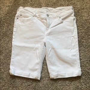 Eddie Bauer white denim bermuda shorts
